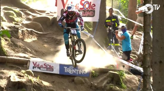 aaron gwin crash